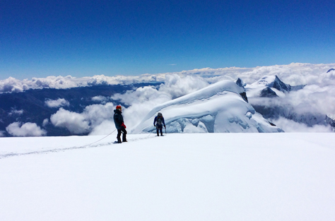 climbing huascaran mountain